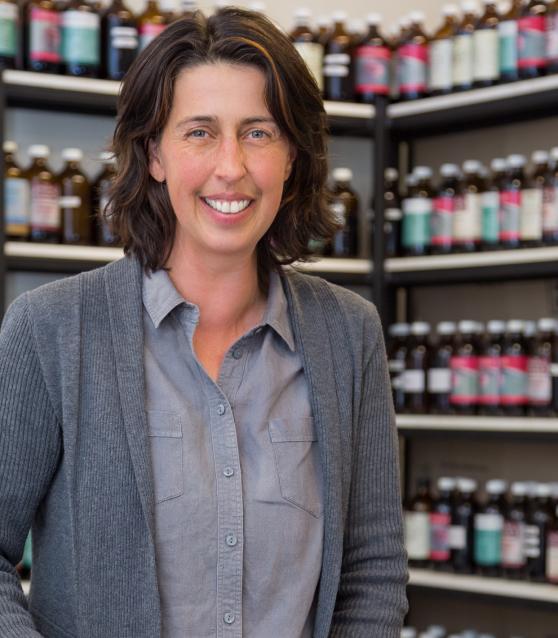 Dr Nicki Wiedmann - Veterinary Herbalist
